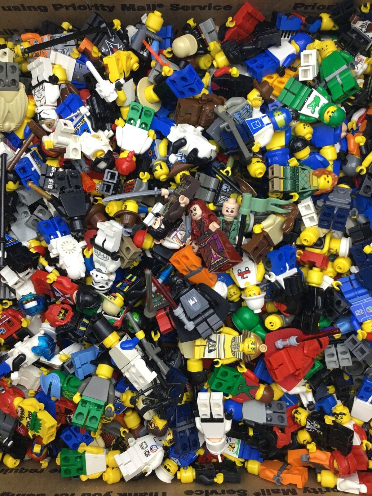 LEGO MINIFIGURES 150 RANDOM Sie MIX ALL W  ACCESSORIES