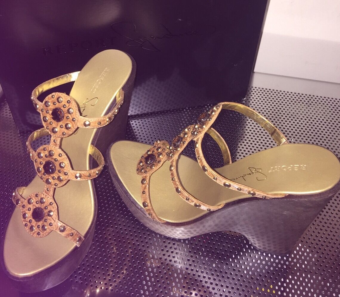 NIB  240 Report signature Strappy Bling Rhinestone Rhinestone Rhinestone Studded Wood wedge Sandals 0caca8