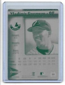 1-1-VLADIMIR-GUERRERO-2000-Pacific-Prism-89-Printing-Plate-MONTREAL-EXPOS-1-OF-1