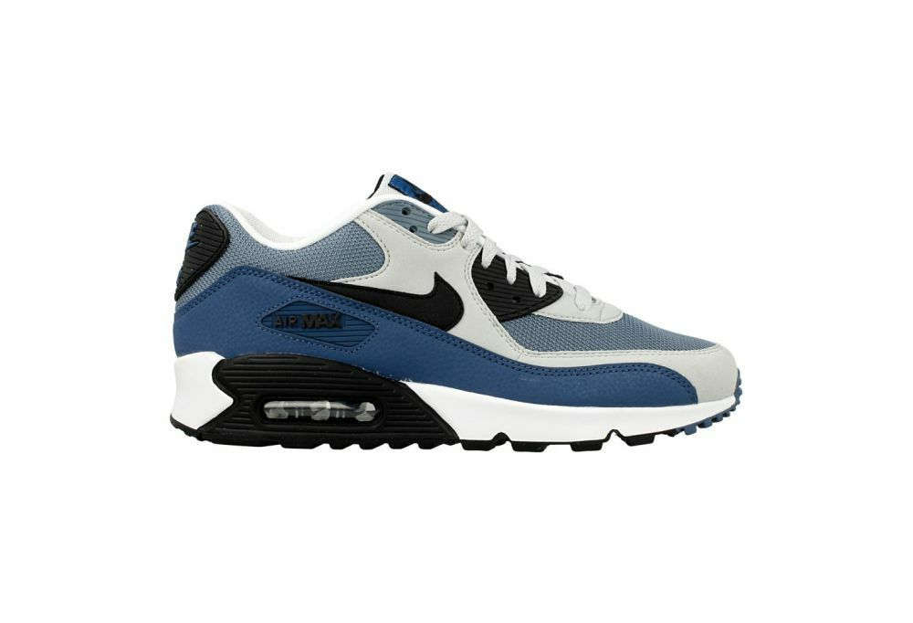 Size 13 Nike Men Air Max 90 Essential Running shoes 537384 042 bluee White Black