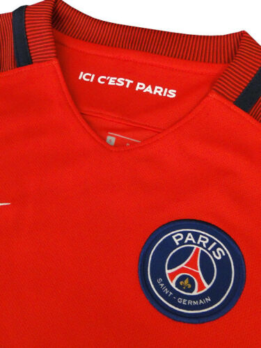 Nike Boys PSG 2016-17 away strip from Nike store RRP of £52 age 12-13 Boys L