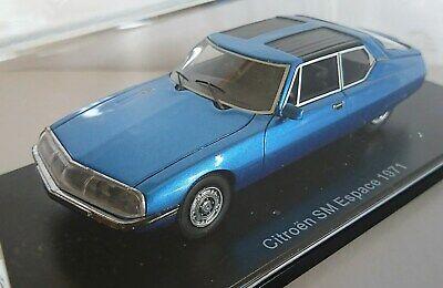 NEO 47000 1971   1//43 Citroen SM Espace by Heuliez bleu