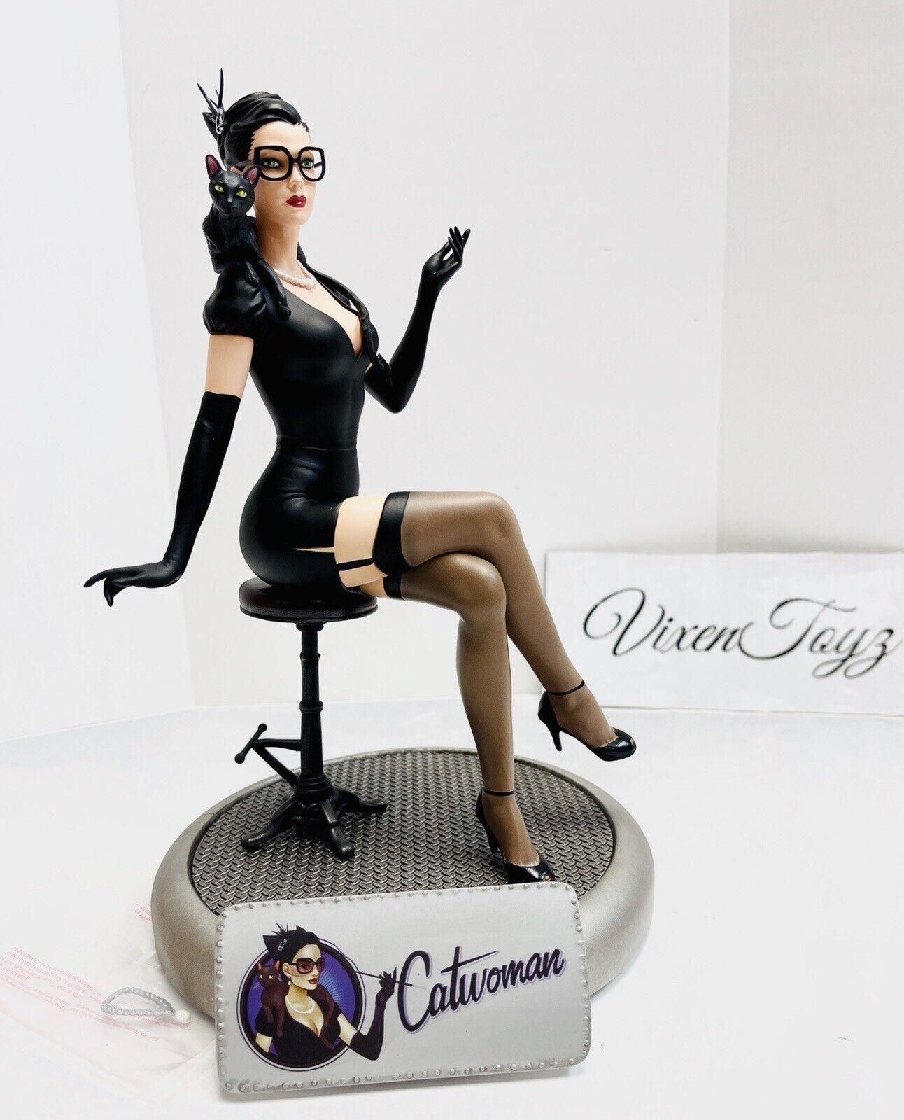 Batman /& Catwoman Deluxe Statue DC Collectibles DC Bombshells