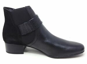 LOGO-by-Lori-Goldstein-Womens-Ankle-Boots-Buckle-Detail-Black-Leather-Size-8-M