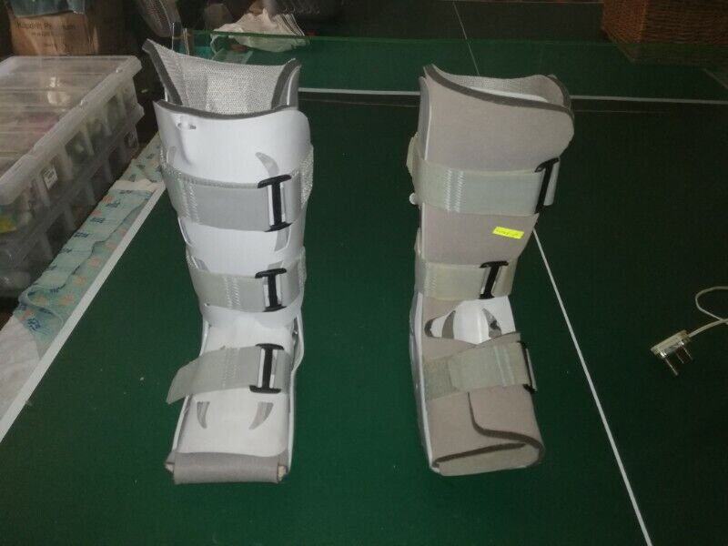 Ankle moon boots/brace boot