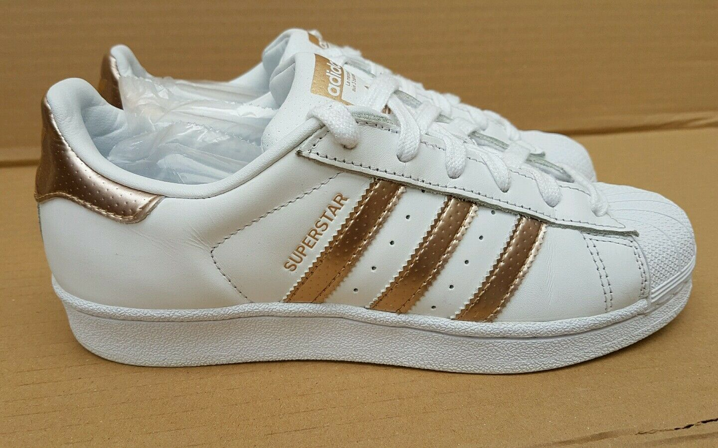 GORGEOUS ADIDAS SUPERSTAR Taille blanc AND ROSE GOLD TRAINERS Taille SUPERSTAR 6RARE EXCELLENT 4de4c2