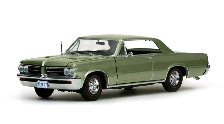 Sunstar SUN1427 - Pontiac GTO verde metal  1964   1 18