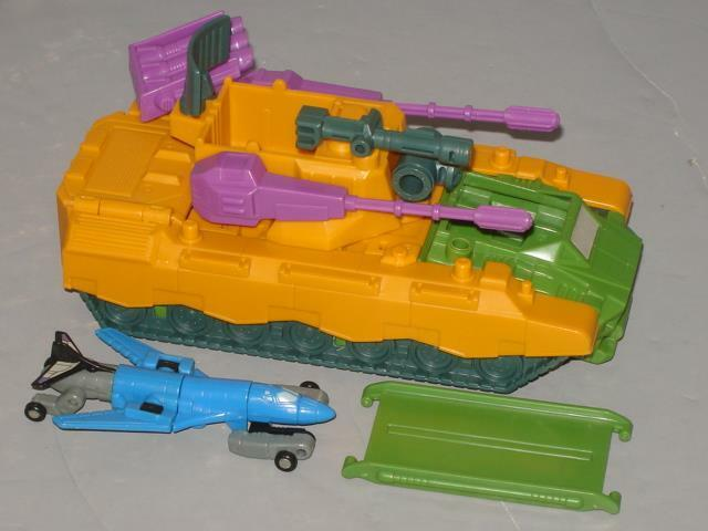 """G1 TRANSFORMER MICROMASTER ANTI AIRCRAFT BASE COMPLETE LOT   3  LOTS OF PICS"""""""