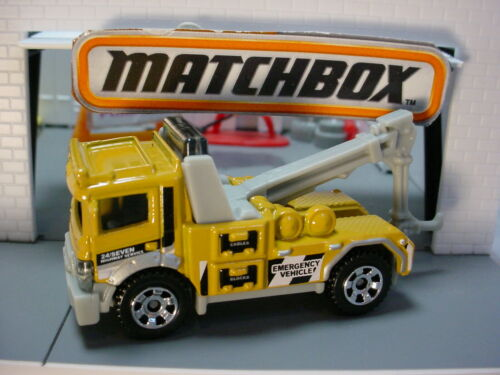 2019 SERVICE CREW ☆ URBAN TOW TRUCK ☆Yellow;Emergency Vehicle☆Matchbox LOOSE