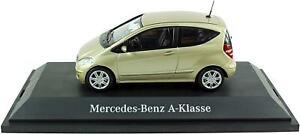 MERCEDES-Benz-B66961988-CLASSE-A-3-porte-auto-in-oro-1-43-SCALA-DIECAST-MODELLO