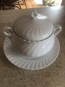 1 Tea Warmer Seltmann Weiden Regina White