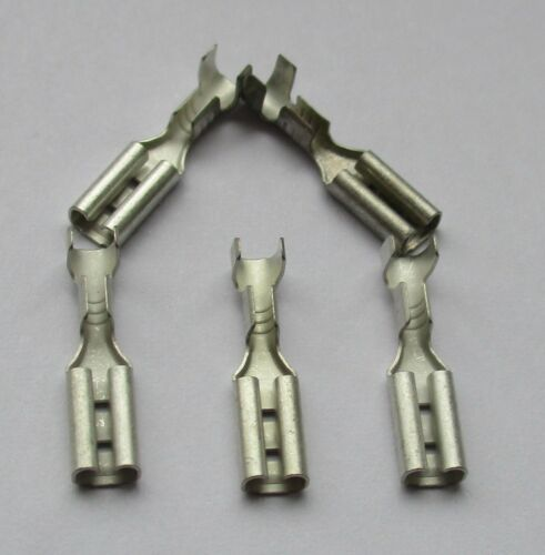 2KCT300-5 x Hornby Push on Replacement 2.8mm x 0.5mm Ringfield Spade Connectors