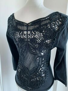 Valentino-Vintage-90-039-S-Black-Cotton-V-Neck-Knit-Top-w-Crochet-Lace-Back-SZ-S