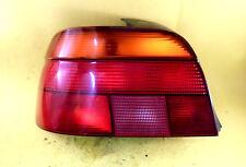 BMW E39 / 5er Rückleuchte Rücklicht LINKS 8358032 HELLA mit Lampenträger