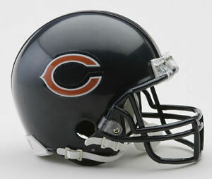 d9151440414 Image is loading CHICAGO-BEARS-NFL-Football-Helmet-WREATH-ORNAMENT-CHRISTMAS -