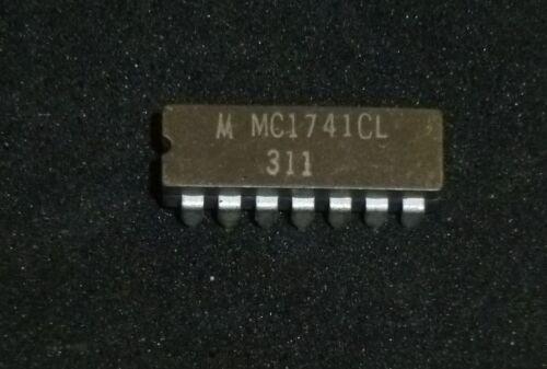 1 x IC MC1741CL MC 1741 CL Dip 14 Ceramic Motorola NOS