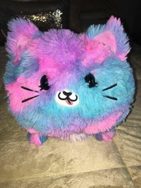 PIKMI POPS FlipMi Super Pop KESSIE THE CAT Géant Réversible parfumée Peluches