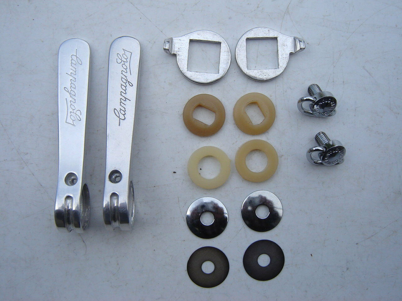CAMPAGNOLO TRIOMPHE BRAZE ON SHIFTERS - NOS