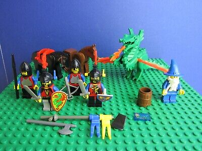 Vintage LEGO Castle Royal Knights Knight With Axe