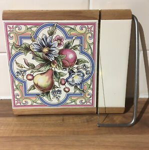 Vintage Cheese Slicer. Tile Top. The Lane Delph Pottery England 22x18.5 Cm