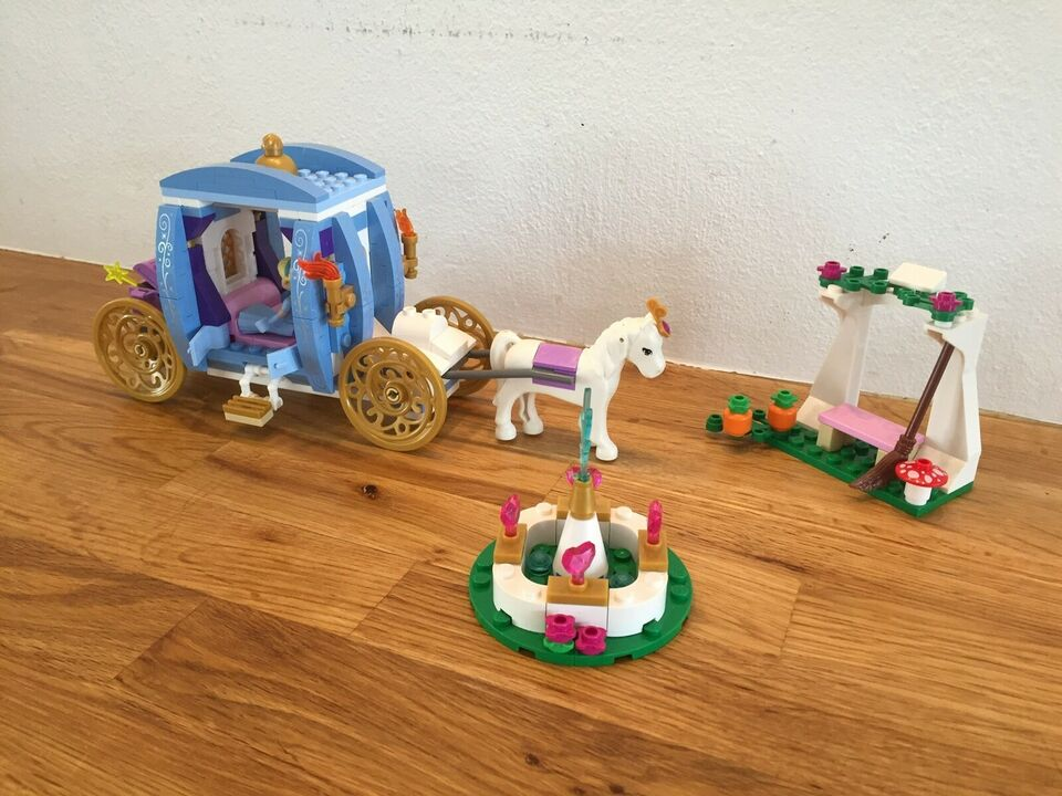 Lego Friends, Disney Princess Askepots drømmekaret 41053