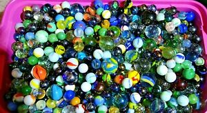 Vintage-Glass-Marbles-Lot-Of-50-Colorful-Peltier-Marble-King-Akro-Agate-Vitro