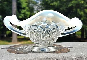 Vintage-FENTON-HOBNAIL-OPALESCENT-Double-Handled-COMPOTE-NAPPY-DISH-Bowl-Small