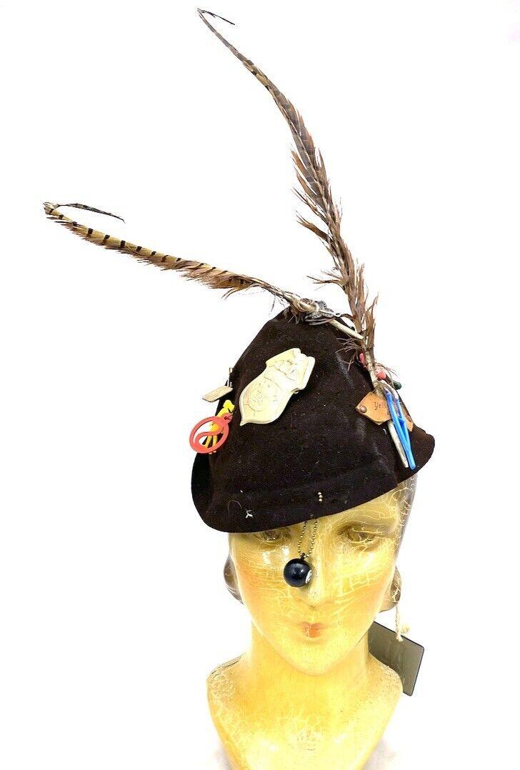 VTG Womens Hat Souvenirs Connecticut License Plate Yellowstone Park 1920s-1950s