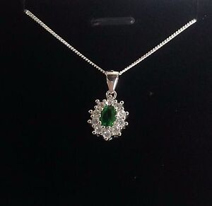 925-Sterling-Silver-Emerald-Green-Cluster-Necklace-or-Earrings-Gift-Present