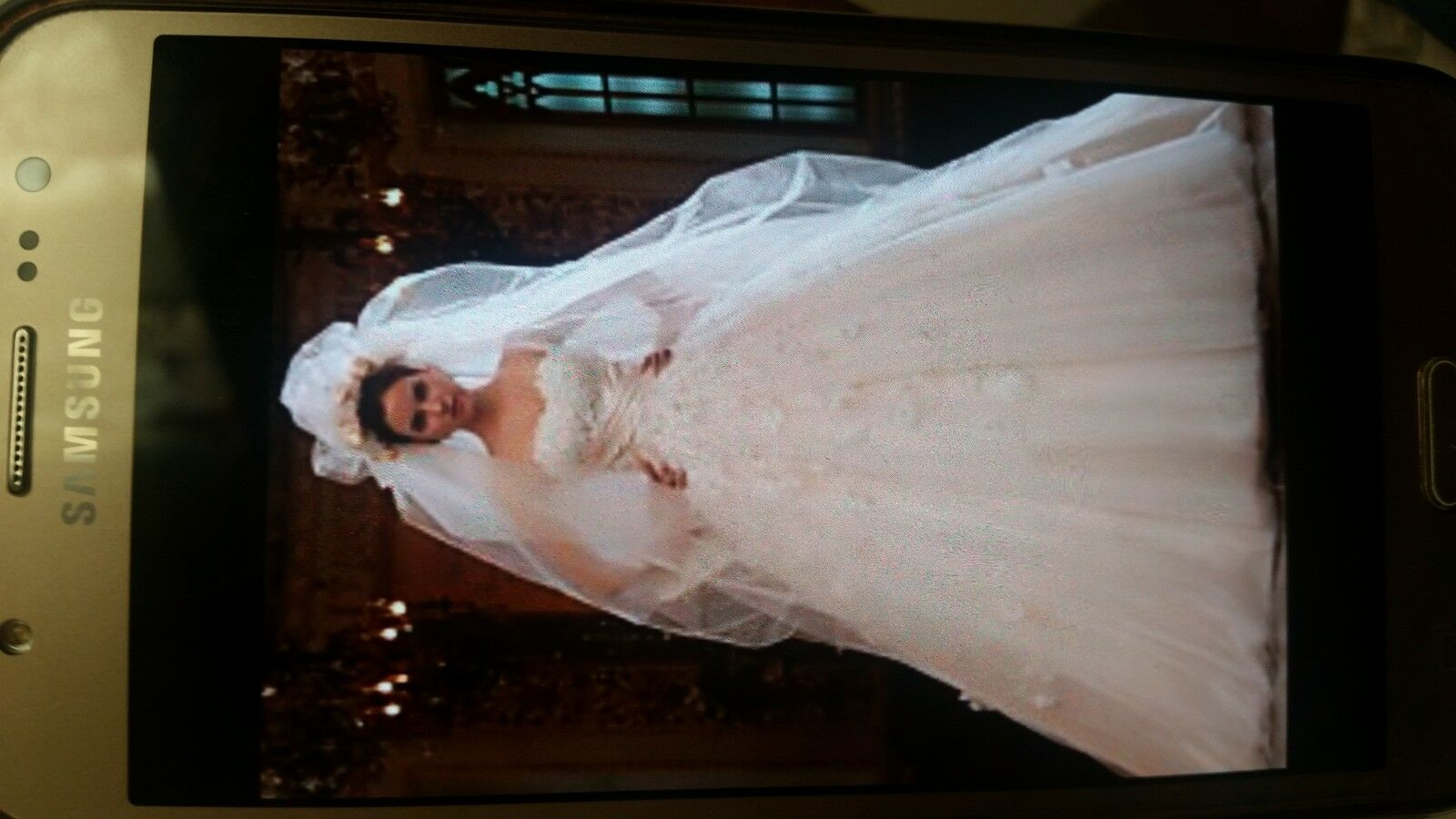 _line Sweetheart cathedral train tulle satin wedding dress with veil size 12 UK