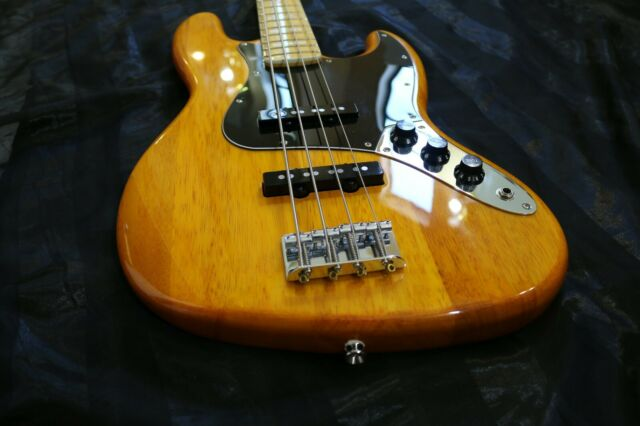 Squier Vintage Modified Jazz Bass 77 Amber For Sale Online Ebay