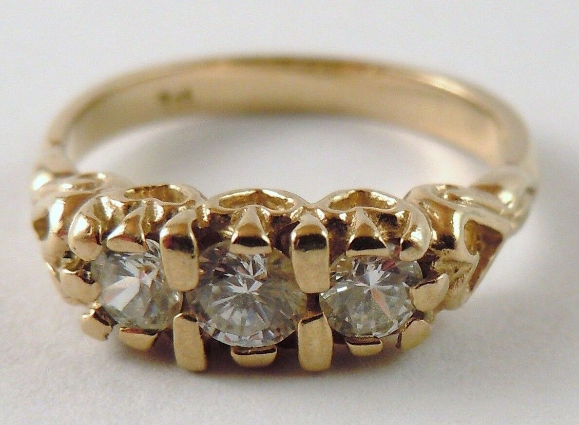 100% Genuine Vintage 9ct Solid Yellow gold Triology Ring Sz 7 US