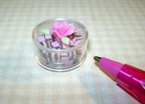 Miniature Round Candy Box Filled w//Neopolitan Candy DOLLHOUSE 1:12 Rose Lid
