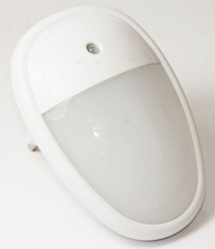 LED Nachtlicht Notlicht mit Sensor Nachtbeleuchtung Lampe 230V Steckdose 080