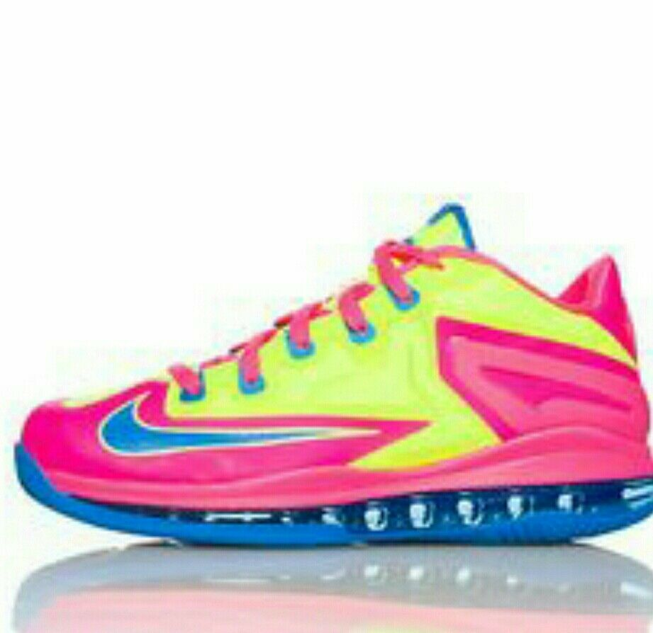 neon low top nikes 7Y  Cheap and fashionable