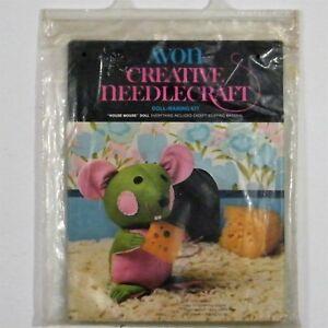 Avon-Creative-Needlecraft-Doll-Making-Kit-House-Mouse-Vintage-1973