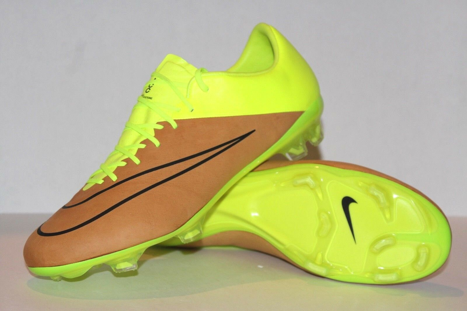 pala Desbordamiento Generoso  Nike Mercurial Vapor X Leather FG Mens Soccer Cleats 10.5 Canvas Volt  747565 707 for sale online | eBay