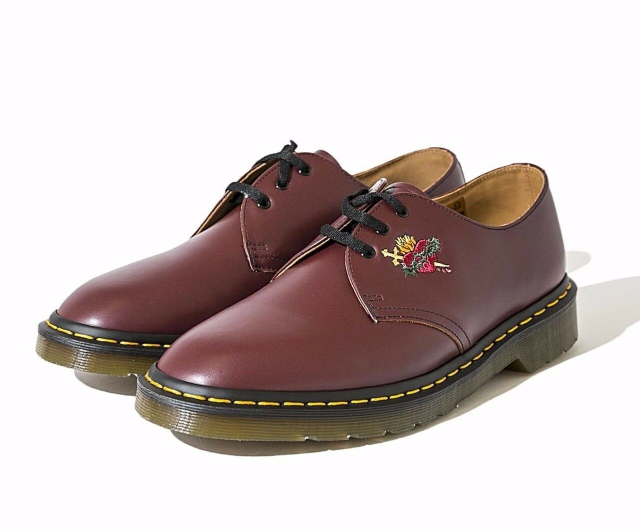 SUPREME DR. MARTENS SACRED HEART 3 EYE SHOE SIZE 10.5 BRAND NEW (AUTHENTIC)