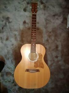 D'off, Akustische Gitarre inkl. Tasche, St. Petersburg, aus hellem Holz, neu