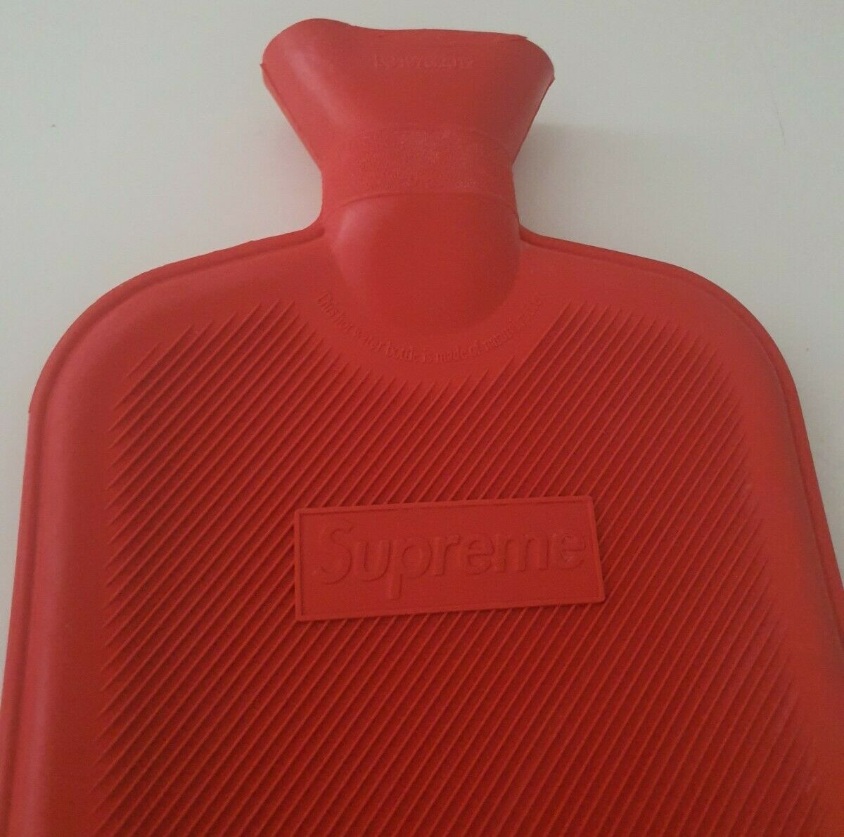 FW16 Supreme hot water bottle red
