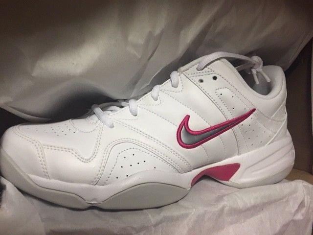 Damenschuhe Nike City Court V Indoor Halle Neu Sport Fitness Tennis Schuhe Gr:42,5