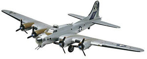 Revell-B17-G-Flying-Fortress-1-48-scale-model-airplane-kit-new-5600