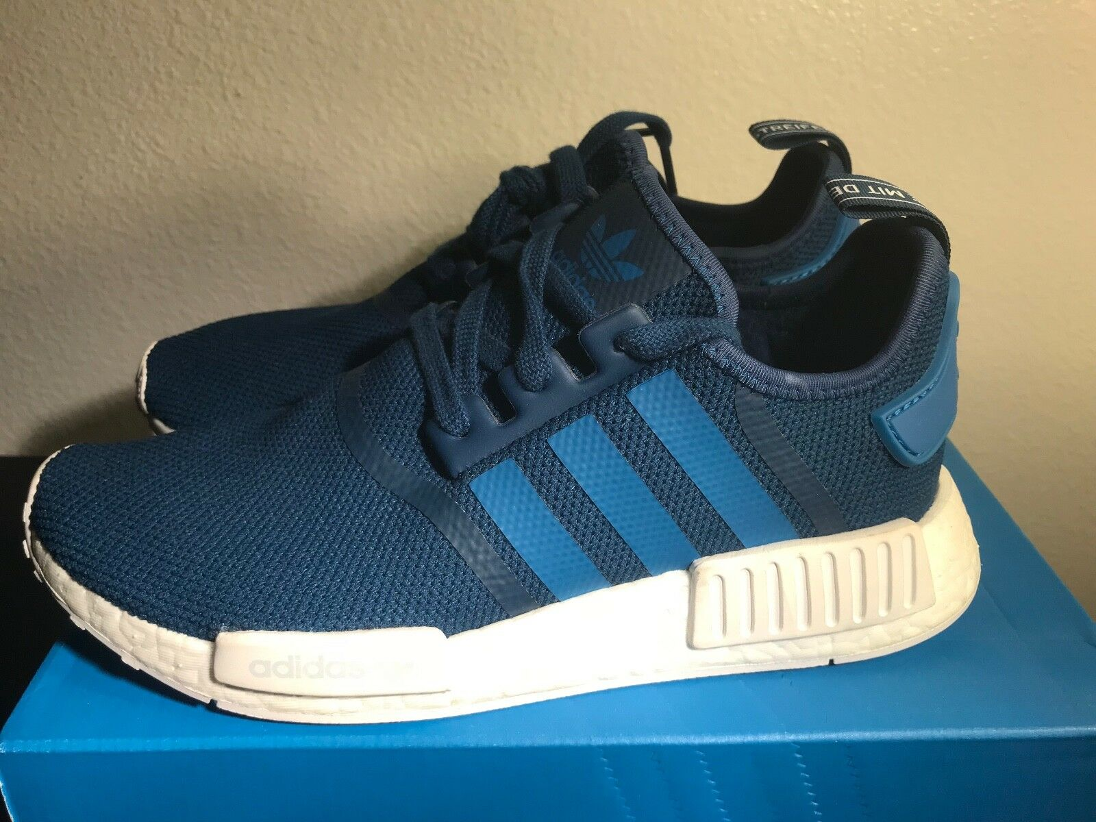 Adidas Orignals NMD_R1 S31502 Men Size 8.5 Royal bluee White DS Authentic