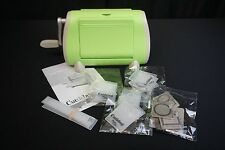 Cuttlebug Machine Provo Craft Green Embossing Die Cut w/embossing cuts