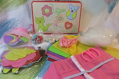 Kaper Kidz Children's Beginners Sewing Kit Toy in Tin Case - Sew Felt Craft Kit!