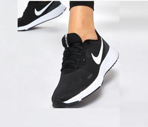 white nike running trainers womens