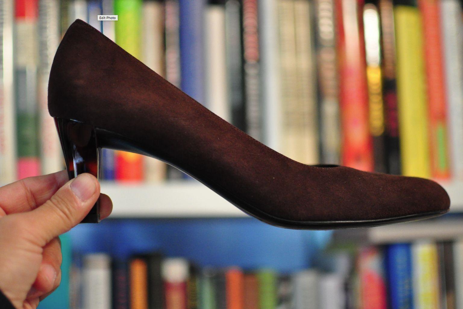 Ferragamo   Womens  Heels   US size 8.5 AA Made in