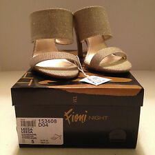 "Fioni Night ""Leesa"" Sparkly Gold Fabric Slip-on Sandals Sz 5M"