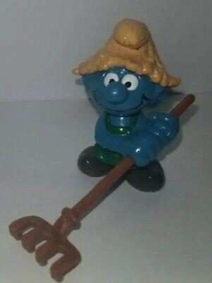 gardener rake-china 1982 schleich//smurf Smurf figurine 241o