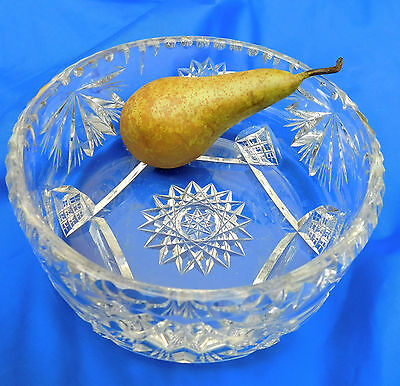 Vintage cut glass crystal bowl 7 inch diameter heavy (3 lb) star pattern
